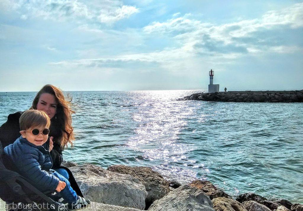 sortie-plage-port-carnon-phare