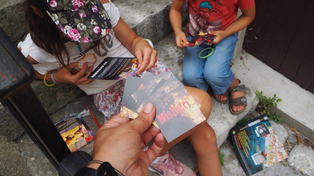 aventure-jeu-ruoms-ardeche-en-famille-cartes