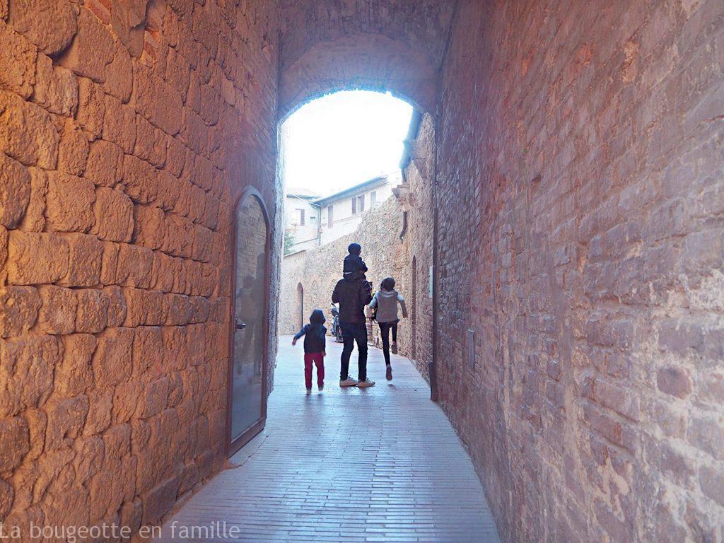 toscane-avec-les-enfants-san-gimignano