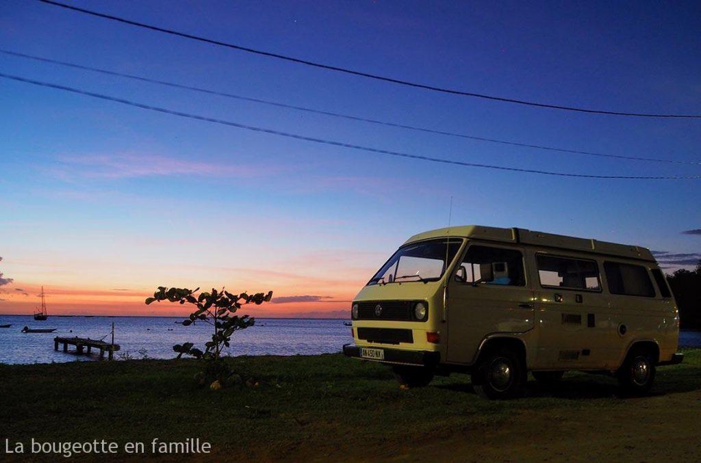 van-guadeloupe-coucher-soleil-plage