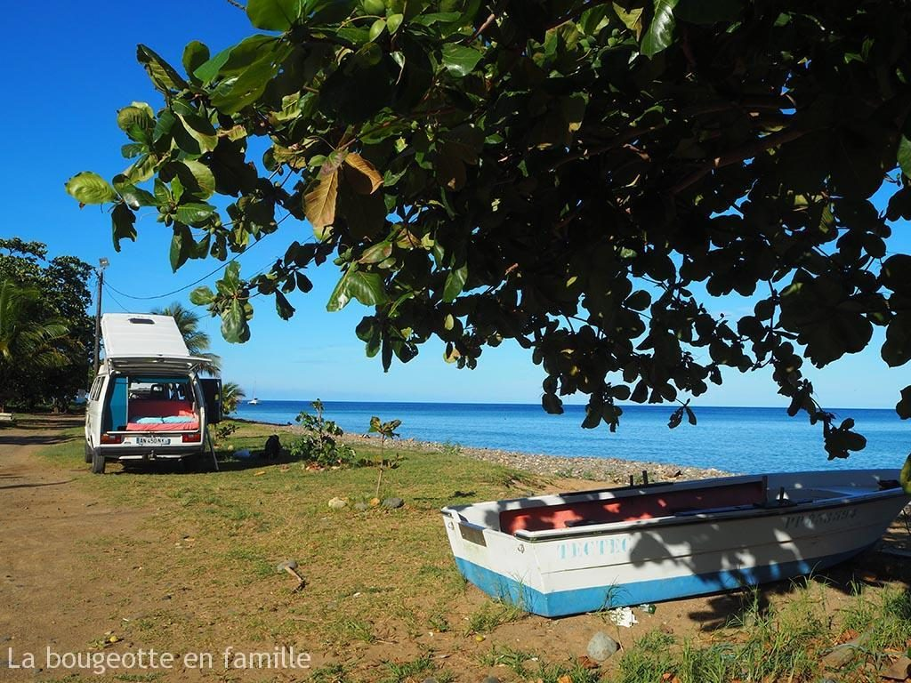 van-guadeloupe-plage