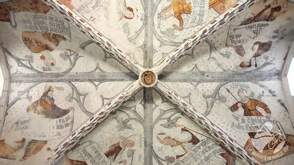 plafond-cathedrale-st-lizier-palais-eveques