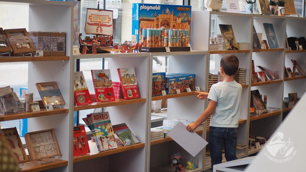 enfants-musee-romanite-boutique