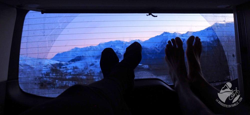 dormir-van-hiver-lever-soleil