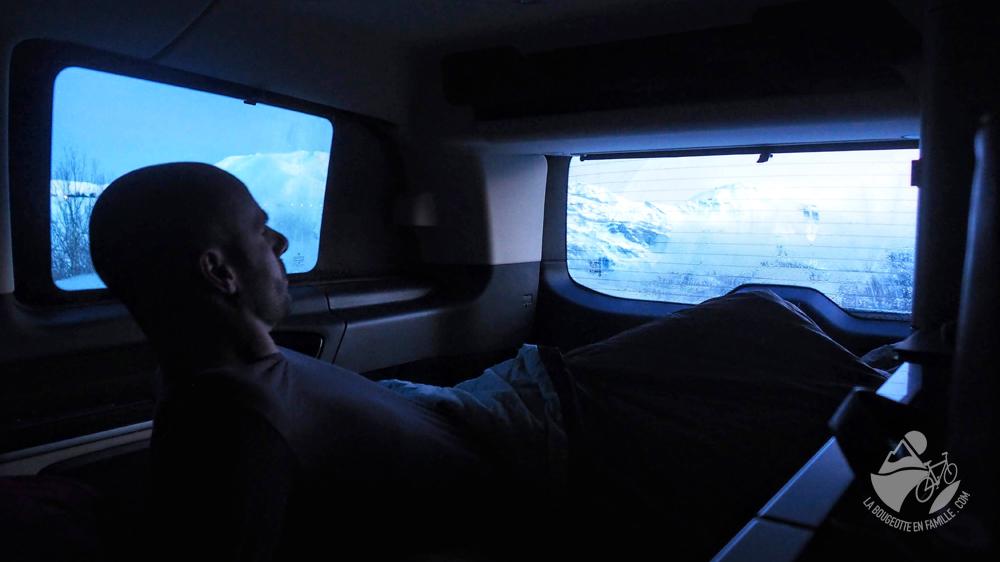dormir-van-ski