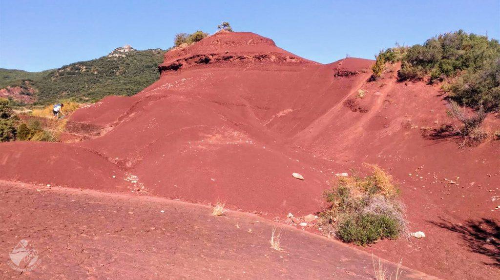 voyage, occitanie, ruffes, terre rouge, salagou, hérault